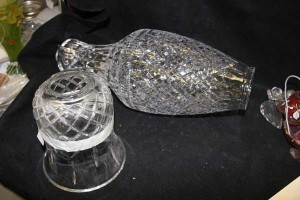 Разбитые Waterford Crystal лампы